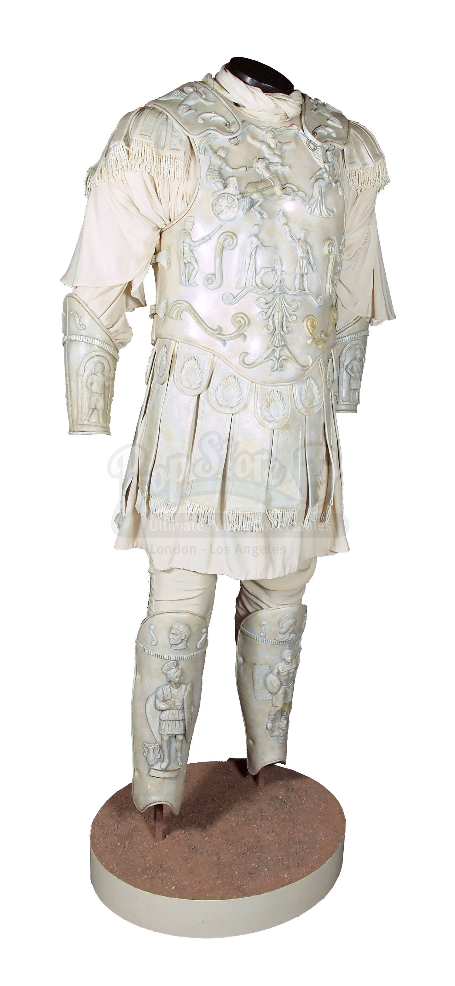 Commodus' Battle Armour – Prop Store - Ultimate Movie ...