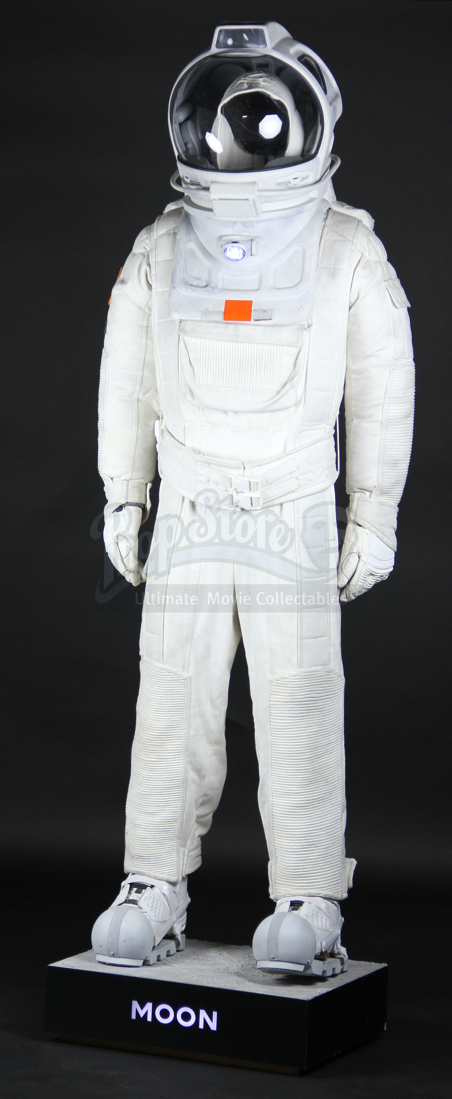 space suits for the moon - photo #32