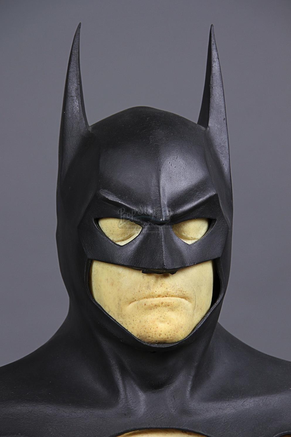 BATMAN RETURNS (1992) - Batman's Batsuit Cowl & Production ...