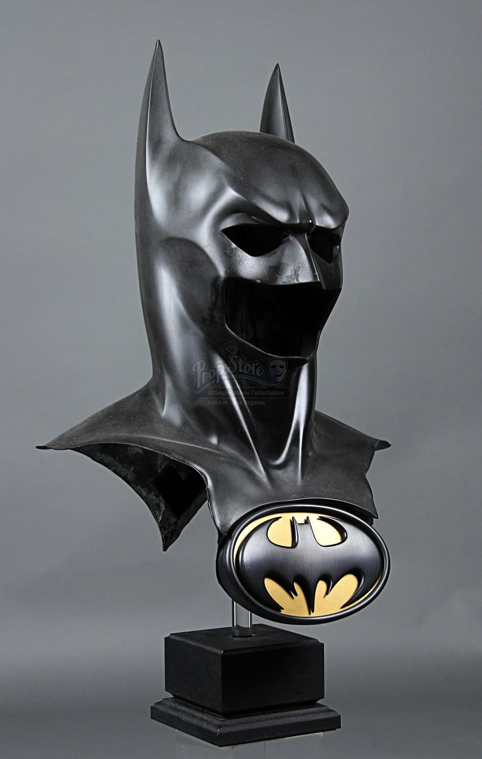 BATMAN FOREVER (1995) - Batman's (Val Kilmer) Batsuit Cowl ...