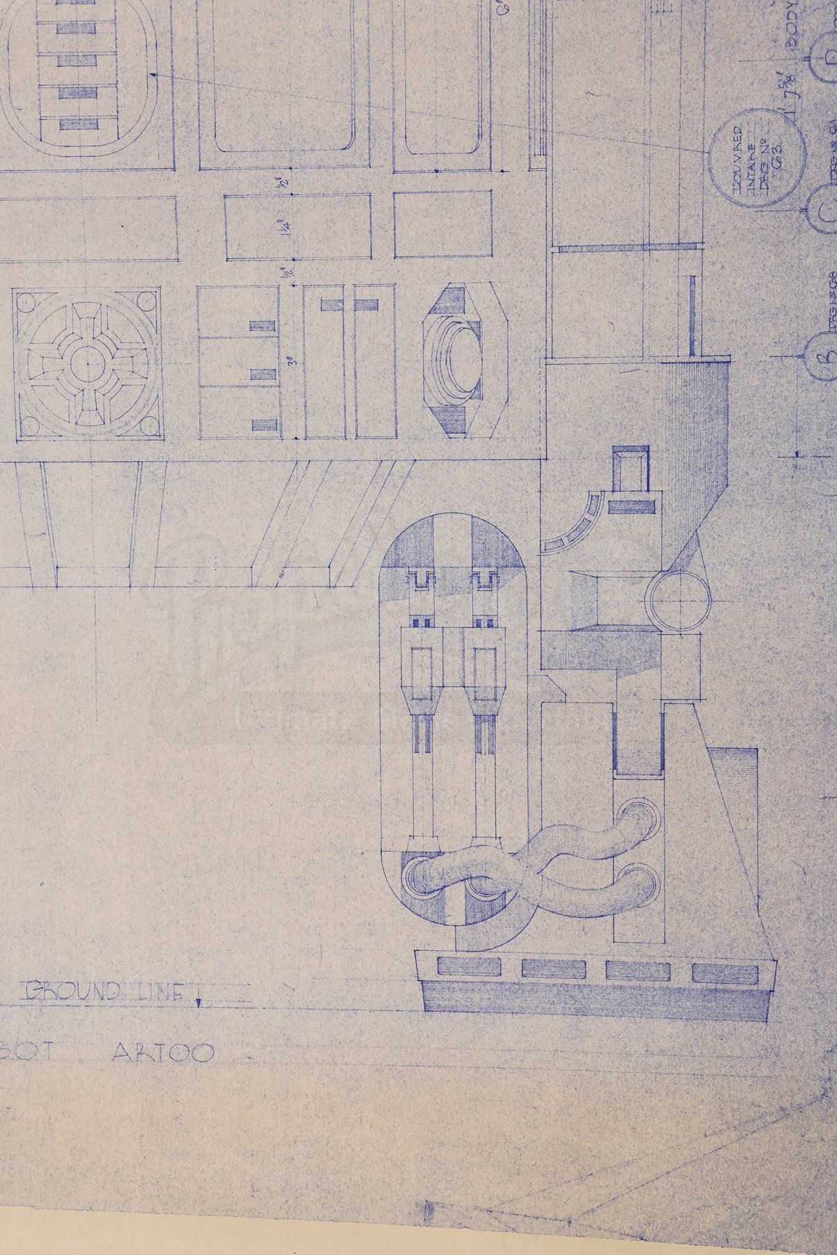 Star wars ep iv a new hope r2 d2 front elevation for Blueprint cost
