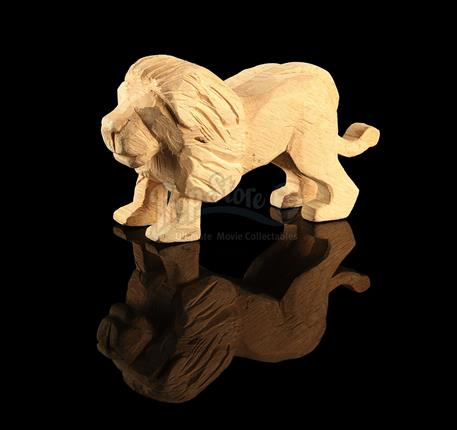 TROY (2004) - Hector's (Eric Bana) Carved Lion - Current