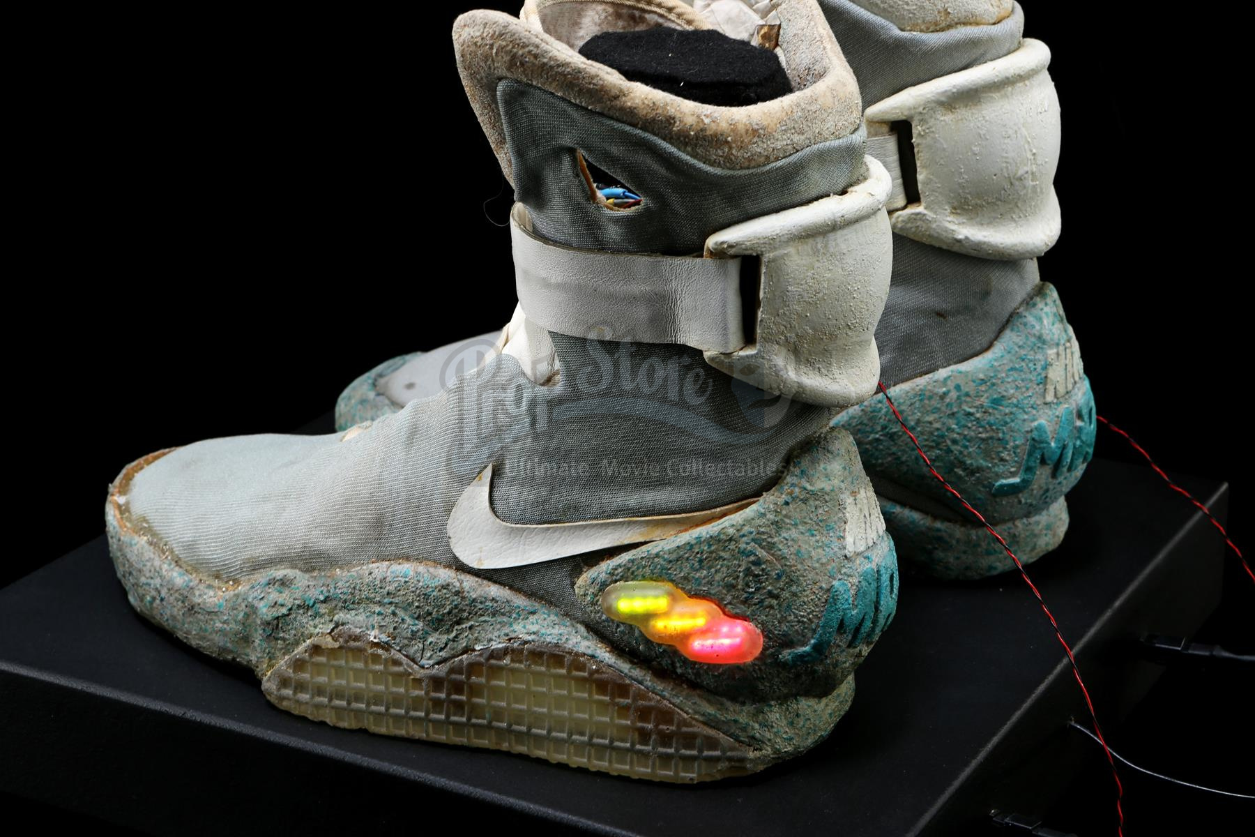 bb8ad2ef1fd Lot    37 Ω. Marty McFly s (Michael J. Fox) Light-Up 2015 Nike Shoes BACK  TO THE FUTURE PART II ...