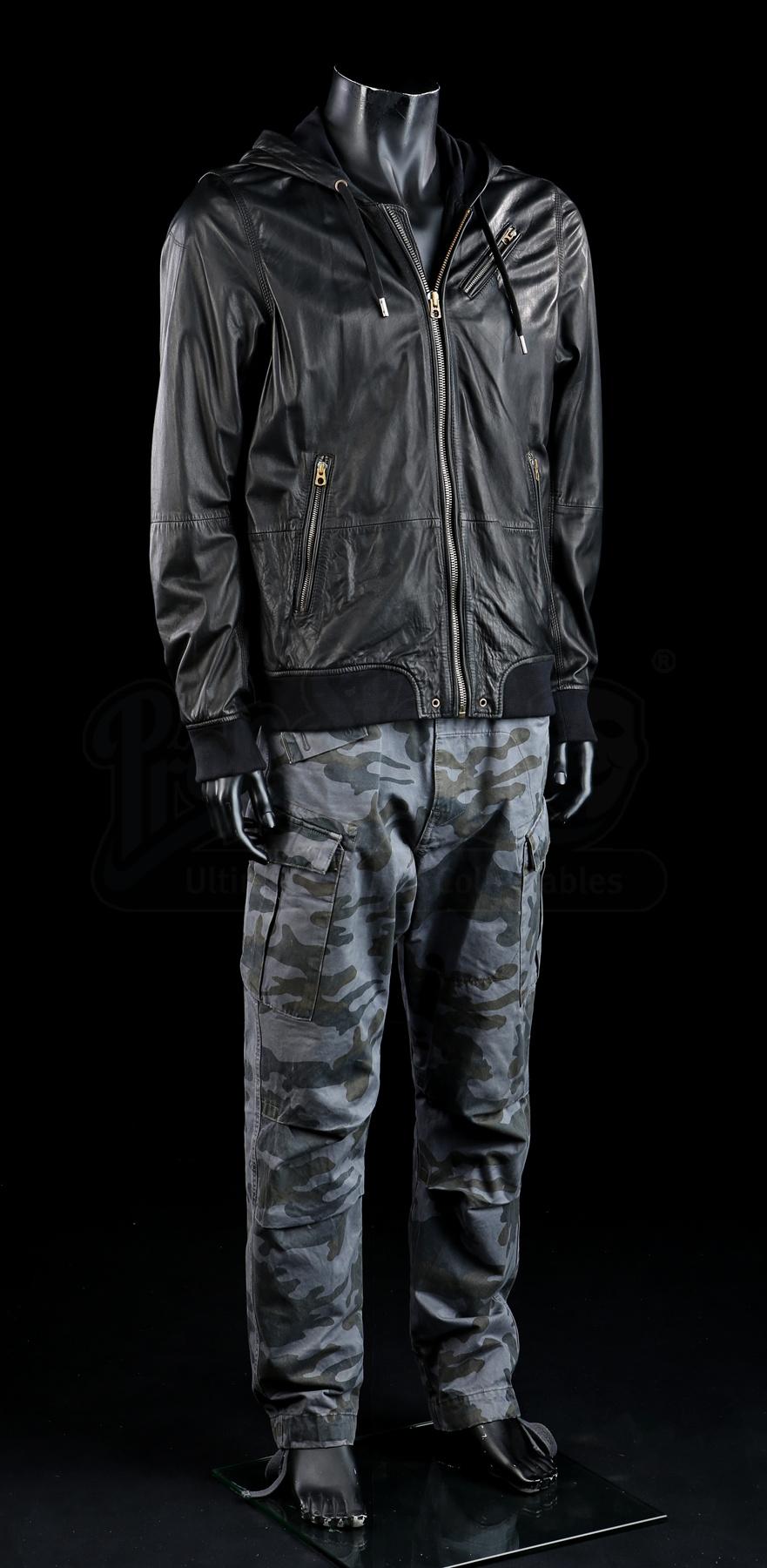 Terminator Genisys: Kyle Reese's (Jai Courtney) Prepping ...