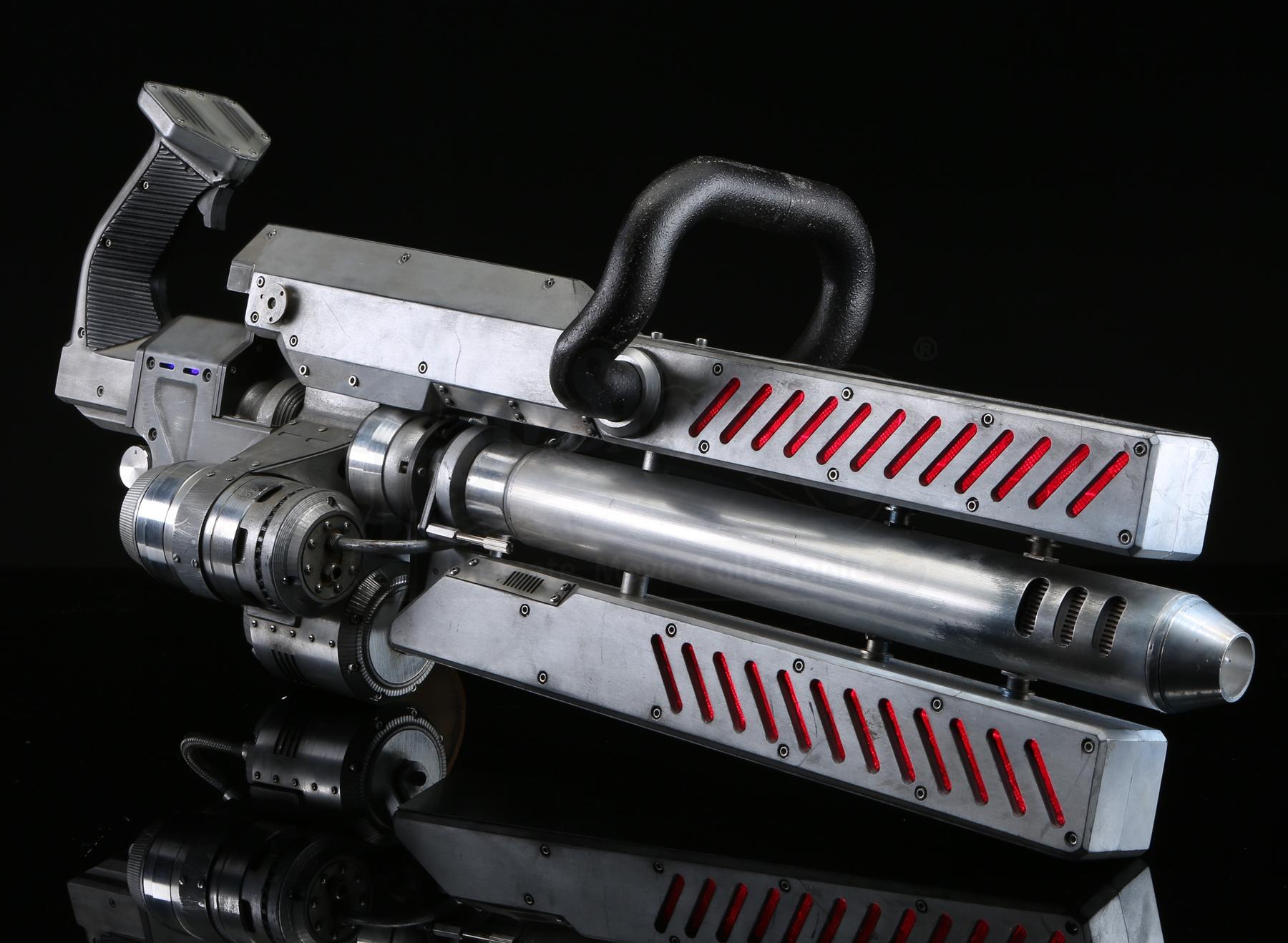 Terminator Genisys: Metal Terminator Light-Up Plasma ...