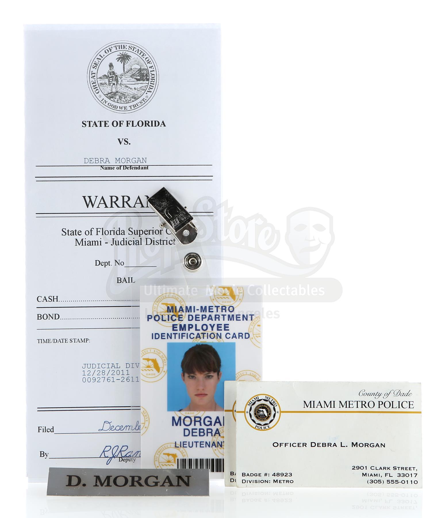 DEXTER (2006 - 2013) - Debra Morgan's (Jennifer Carpenter) Police