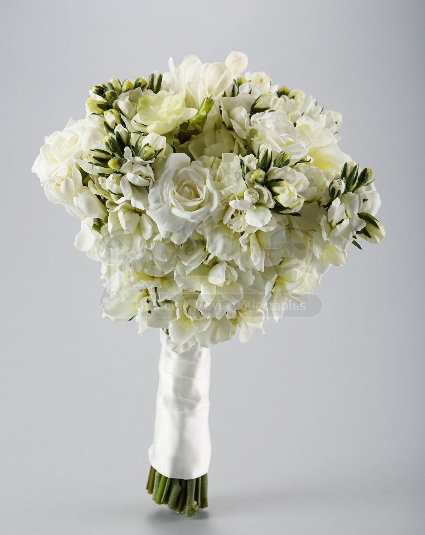 Bella swans wedding bouquet current price 2000 lot 504 bella swans wedding bouquet izmirmasajfo