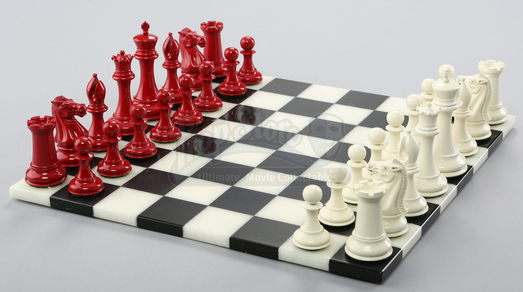 Lot 549 Bella And Edward Cullen S Chess Set