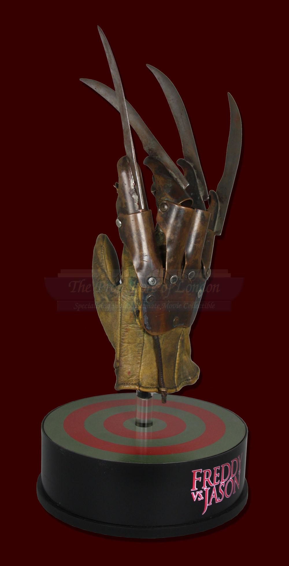 Freddy Vs Jason Glove – Prop Store - Ultimate Movie ...