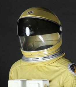 Moonraker-Spacesuit3