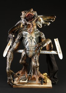 38979_Gremlins_2_Mohawk_Puppet_Detached_Legs_1