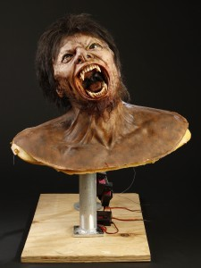 42319_The_Wolfman_Mechanical_Wolfman_Transformation_Bust_1