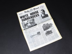 Superman 2 - White House Surrenders NewspaperA2