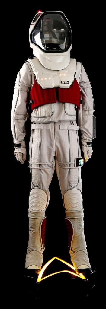 Star_Trek_Voyager_Space_Suit_1