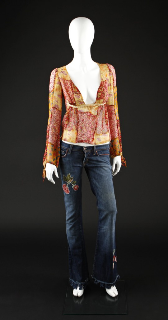 Death_Proof_Rose_McGowan_Costume_1