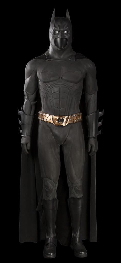 Batman Begins- Christian Bale Suit (1)