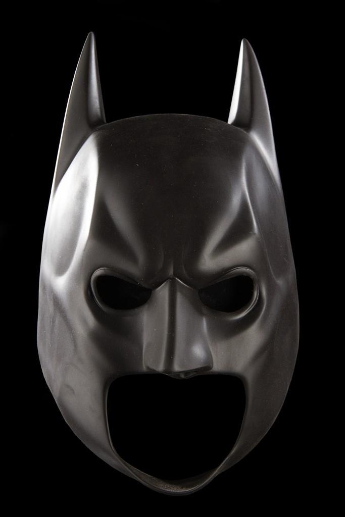 DarkKnightRises-BatmanCowl5