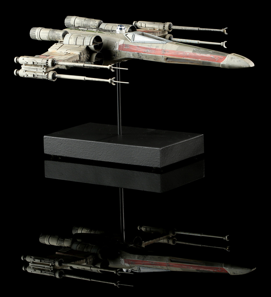 54811_Star_Wars_ESB_X_Wing_Model_1