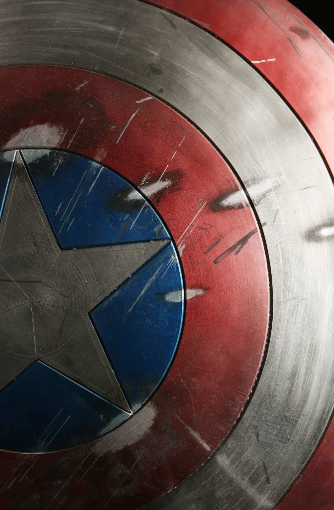 54835_Captain_America_1st_Avenger_Captrain_Americas_Distressed_Shield_6