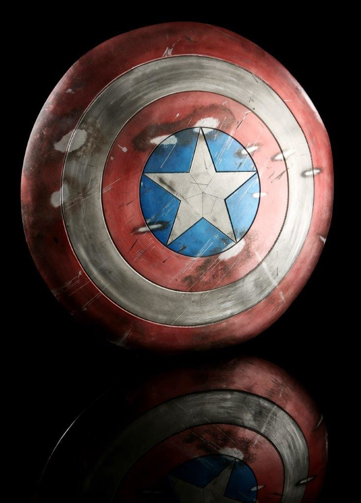 54835_Captain_America_1st_Avenger_Captrain_Americas_Distressed_Shield_1
