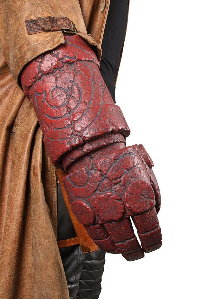 Hellboy- Ron Perlman Costume 8
