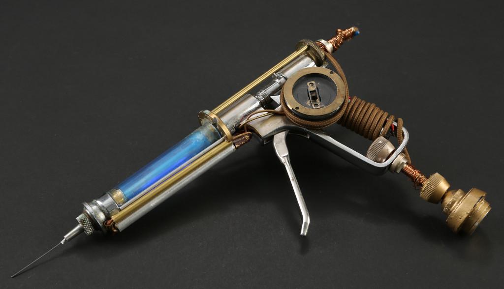 72625_Dr. Jekyll's Prototype Light-Up Serum Gun_1
