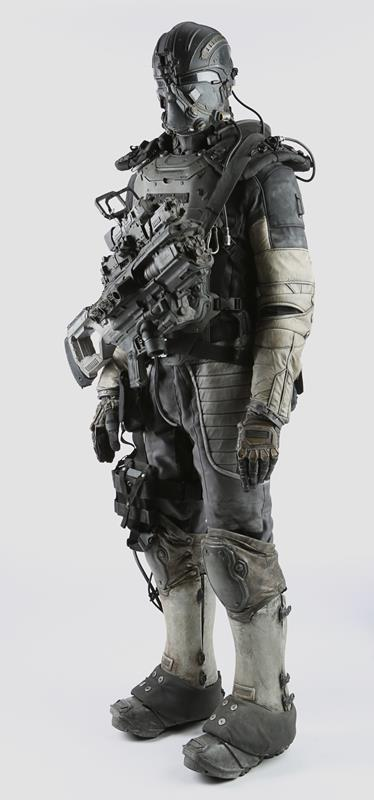 74886_Darpa Armor and Plasma Rifle 07_2