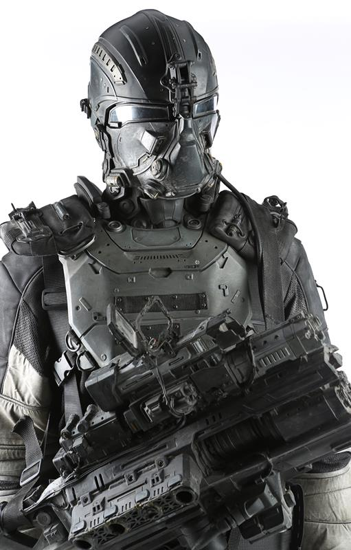 74886_Darpa Armor and Plasma Rifle 07_5