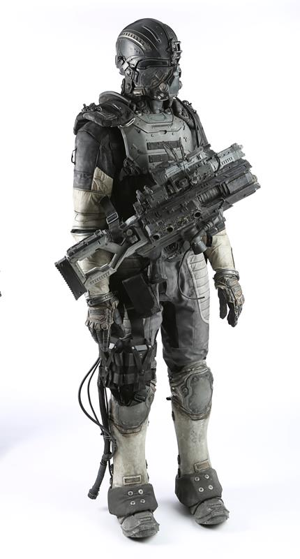 74886_Darpa Armor and Plasma Rifle 07_1