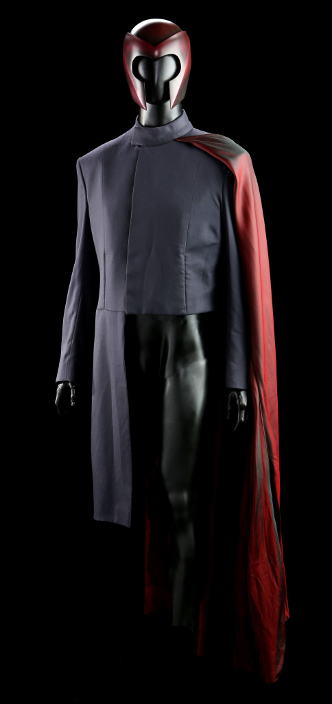 73969_Magneto-Ian-McKellen-Helmet-and-Tunic_5