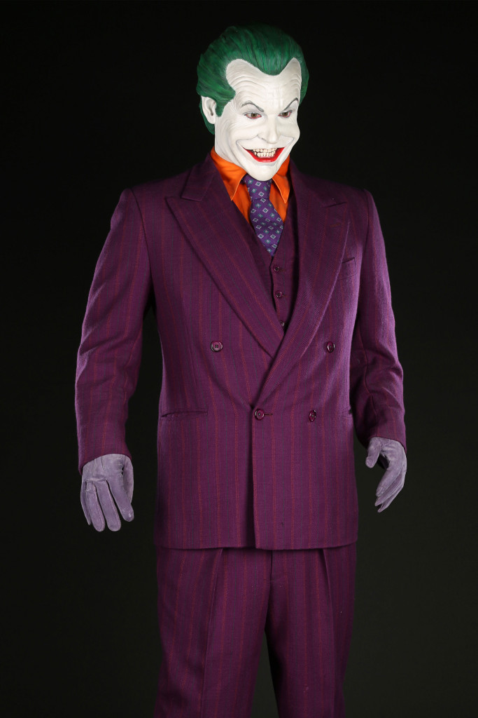 72682_The-Joker's-(Jack-Nicholson)-Costume-(2)