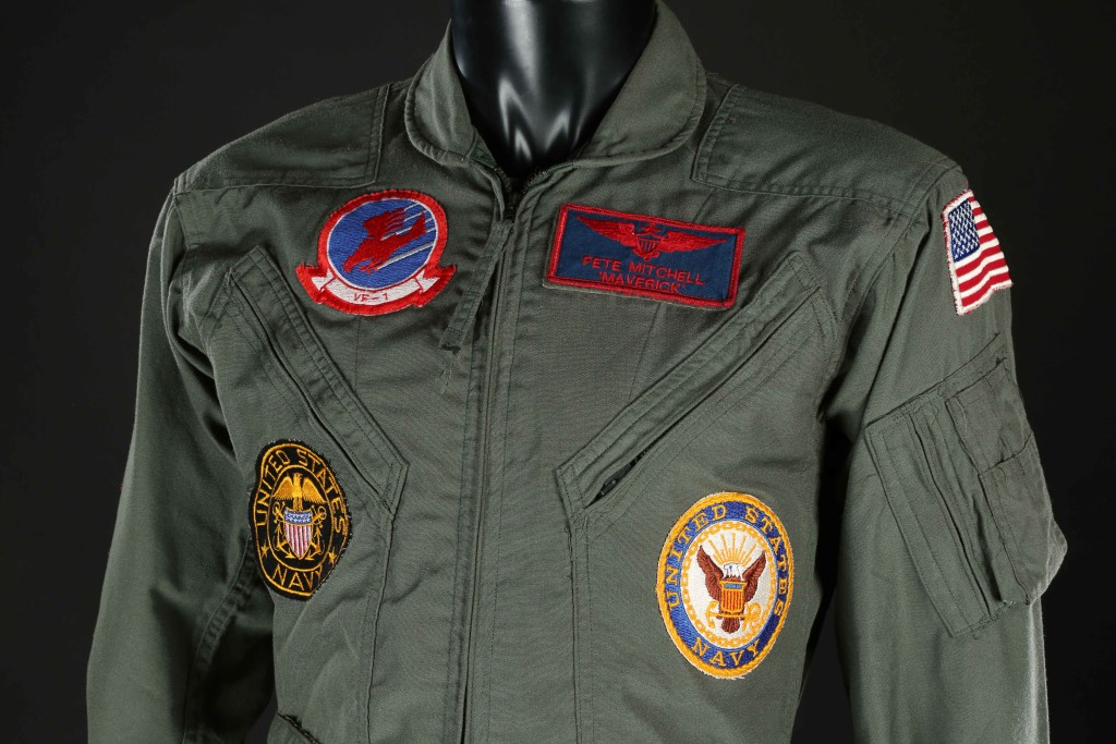 71038_Pete-Maverick-Mitchell's-(Tom-Cruise)-Flight-Suit-(4)