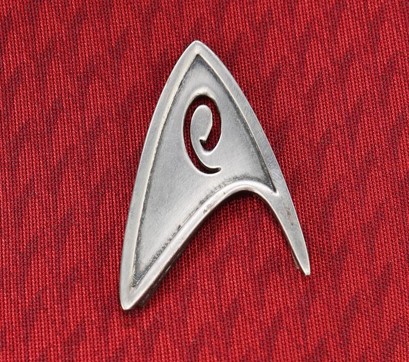 75552_Uhura's Zoe Saldana Enterprise Uniform 01_5